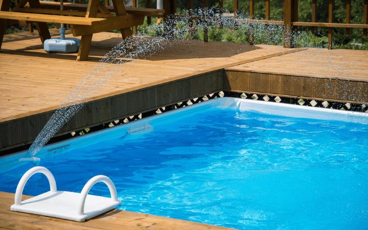 Ako si vybrať a správne sa starať o záhradný bazén?